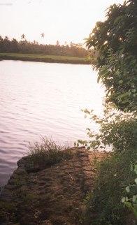O antigo cais à beira do rio Chaporá