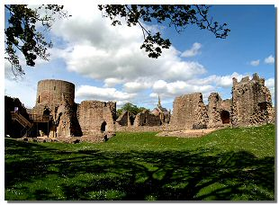 Picture of the ruins of Barnard Castle
