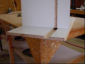 use a shelf to mark the side grooves before cutting