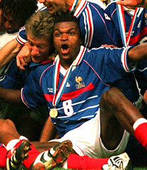 Desailly leads the French celebrations