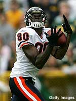 A long touchdown completion to Bernard Berrian sparked the Bears to a 26-0 win.