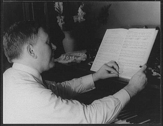 Mencken at the piano