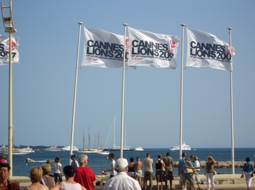 Cannes_2flags