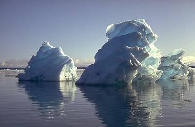 ijsbergen (foto Wolkenatlas, Georg Müller)