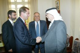 July 16, 2006 -- Secretary Alex Azar greets Sheikh Tamimi in Jordan.   Deputy Azar arrived in Amman on July 13 for a five-day visit to discuss issues of mutual interest to Jordan and the United States regarding health, physical fitness, biotechnology, disease detection and human services.