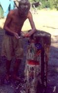 Barvanje totema, tabor Draga 2000