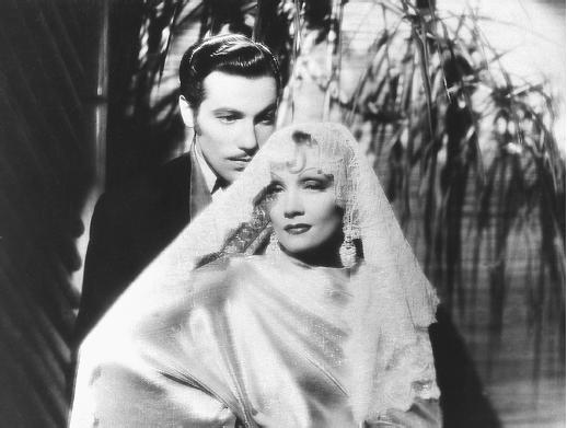 Romero and Dietrich in, The Devil Is A Woman