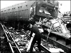 Aftermath of Hither Green rail crash