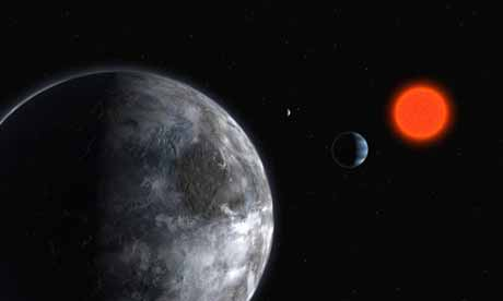 Red Earth-like planet orbiting red dwarf star Gliese 581