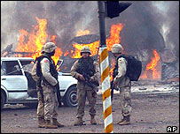 US soldiers after car bomb blast January 2004