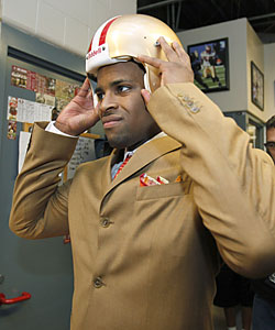 The 49ers drafting Michael Crabtree is a curious move, according to Prisco. (AP)
