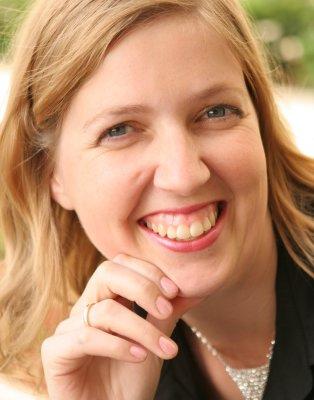 Marieke Hensel - Online personal brand marketing