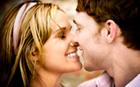 online dating couple kissing