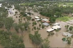 Qld flood crisis worsens