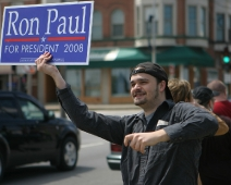 ron-paul-2008-supporter-sign.jpg