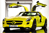 Mercedes Gullwing gets electrified