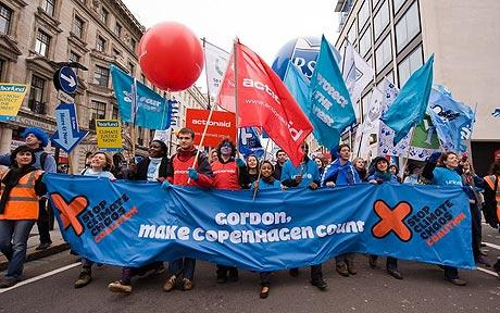 Ten of thousands of people have demonstrated in London to demand action on climate change.