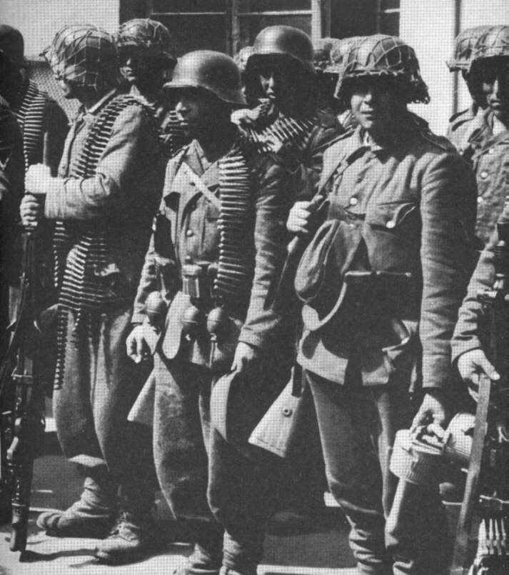 German 111 Infantry Regiment  in Warsaw