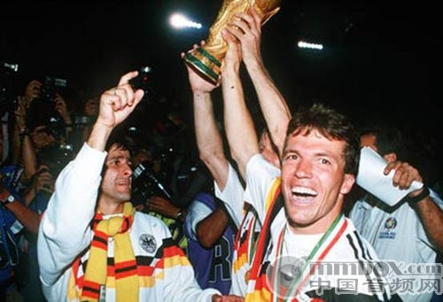 历史的旋律 历届世界杯足球赛主题曲回顾