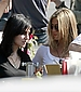90398_Preppie_-_Jennifer_Aniston_on_The_Baster_set_in_Los_Angeles_-_October_8_2009_0358_122_194lo.jpg