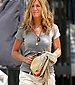 thumb 86284 Celebutopia Jennifer Aniston on the set of The Bounty in NYC5 July 30 07 122 459lo Jennifer   Stylish on Set