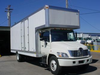 2008 Hino 268  Moving Van for sale in Nashville, Tennessee, Minivans for sale in Nashville, Tennessee