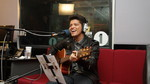 Bruno Mars performs Grenade in the Live Lounge