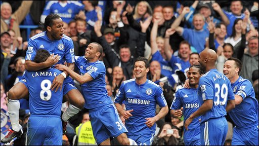 Didier Drogba celebrates with his Chelsea team-mates