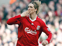Fernando Torres Celebrates a goal for Liverpool