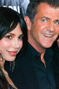 Mel Gibson Moves to Strip Oksana of Custody