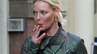Click here to read Katherine Heigl & Her Electronic Cigarette Go Shopping