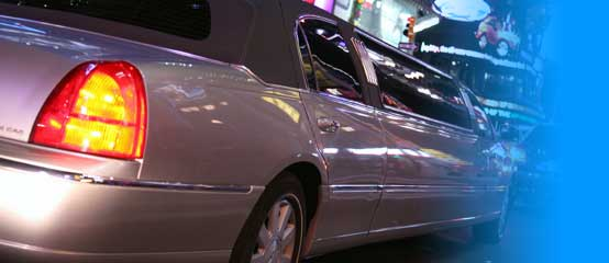 O'HARE MIDWAY AIRPORTS CHICAGO LIMO SERVICE CHICAGO IL LIMO SERVING O'HARE AND MIDWAY