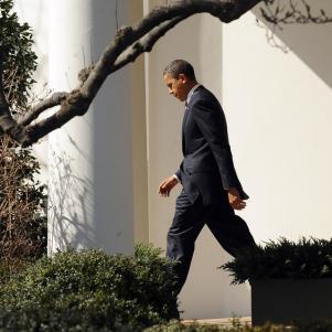 Obama departs White House for Miami