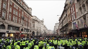 Police and protesters in Piccadilly