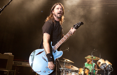 Live review, photos - Foo Fighters, Brisbane 2011