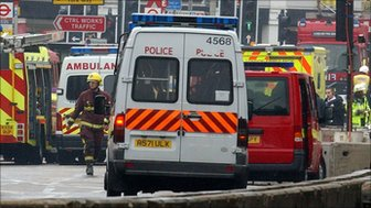 Emergency services following the bombings in London in 2005