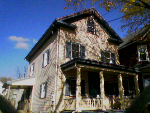 Download Torn Down  11/09/06 (640Wx480H)