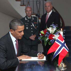 Obama Signs Condolence Book at Norwegian Embassy