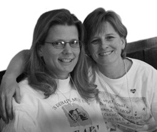 Beth Meyers and Gina Grubb, a lesbian couple
