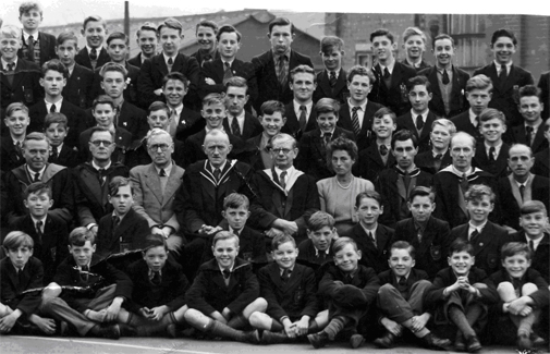 petersurteesschool1952_1.jpg