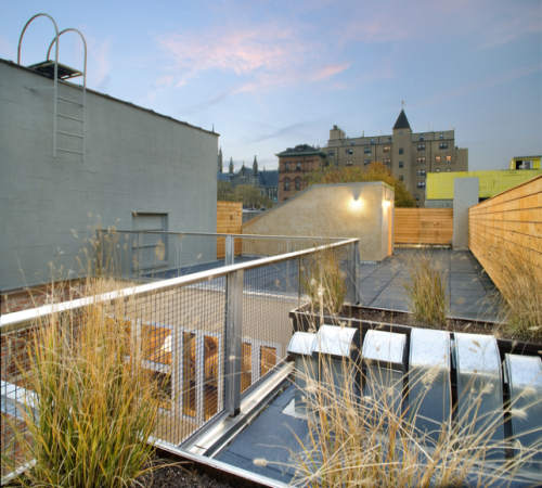barr_residence_exterior_roof