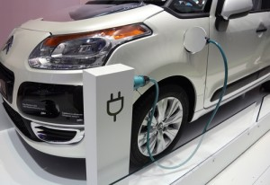 shutterstock 62849245 300x206 The Low Costs of Driving An Electric Car