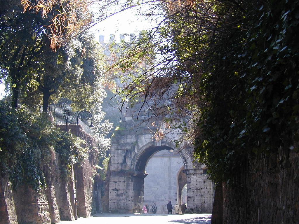 Via Appia. Puerta de San Sebastián