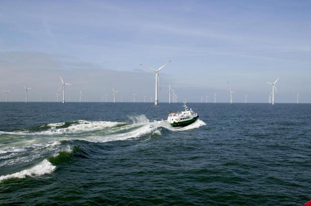 Dong gets green light for 400MW  Anholt despite high prices