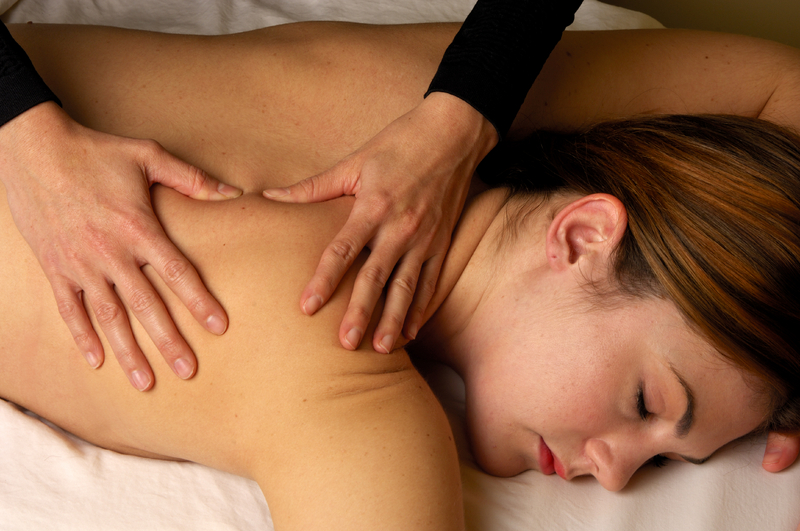 back massage Urut Tradisional