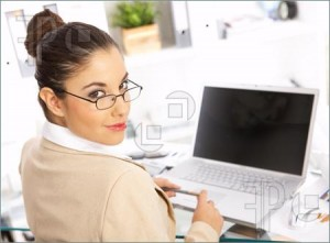 Business Woman Office 1045100 300x221 Urut Tradisional Wanita Bersalin