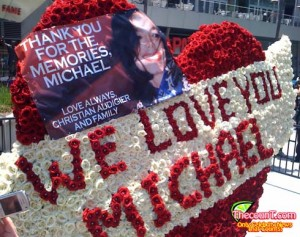 MJ2 300x237 The Journey to Michael Jacksons Memorial: Inside the Memorial
