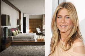 jennifer aniston 5901 300x199 Create the Look: Jennifer Anistons Platform Bed