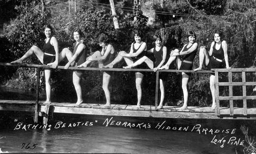 HH - Bathing Beauties 1930