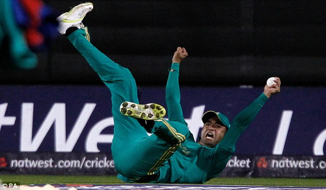 Worth watching: Hashim Amla's bat and Robin Peterson's safe hands lit up Old Trafford when the action started